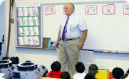 Pastor McCubbins visits elementary school in community
